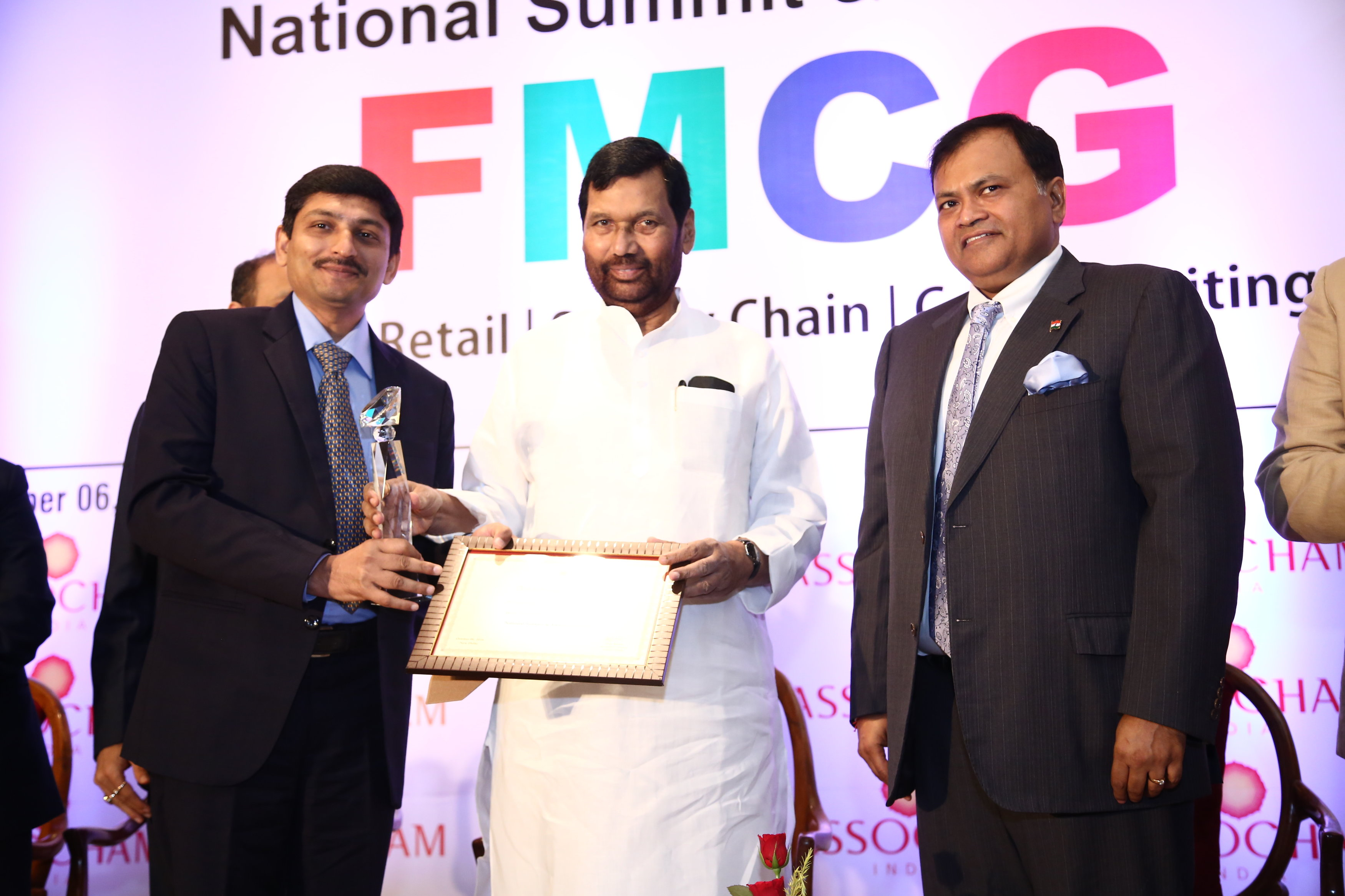 "SuAyu's ""JointAid"" awarded with ""Best New Product Launch"" by ASSOCHAM"